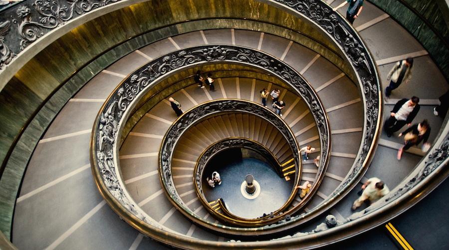 Vivre avec fluidité dans un monde complexe: le stade Intégratif-adaptatif (Jaune) de la Spirale